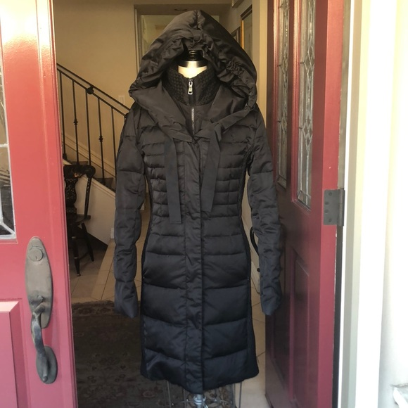 c78f84b084 T Tahari Black Hooded puffer Coat Sz Sm/Med. M_5b7d8da2d365bea75011b2c1